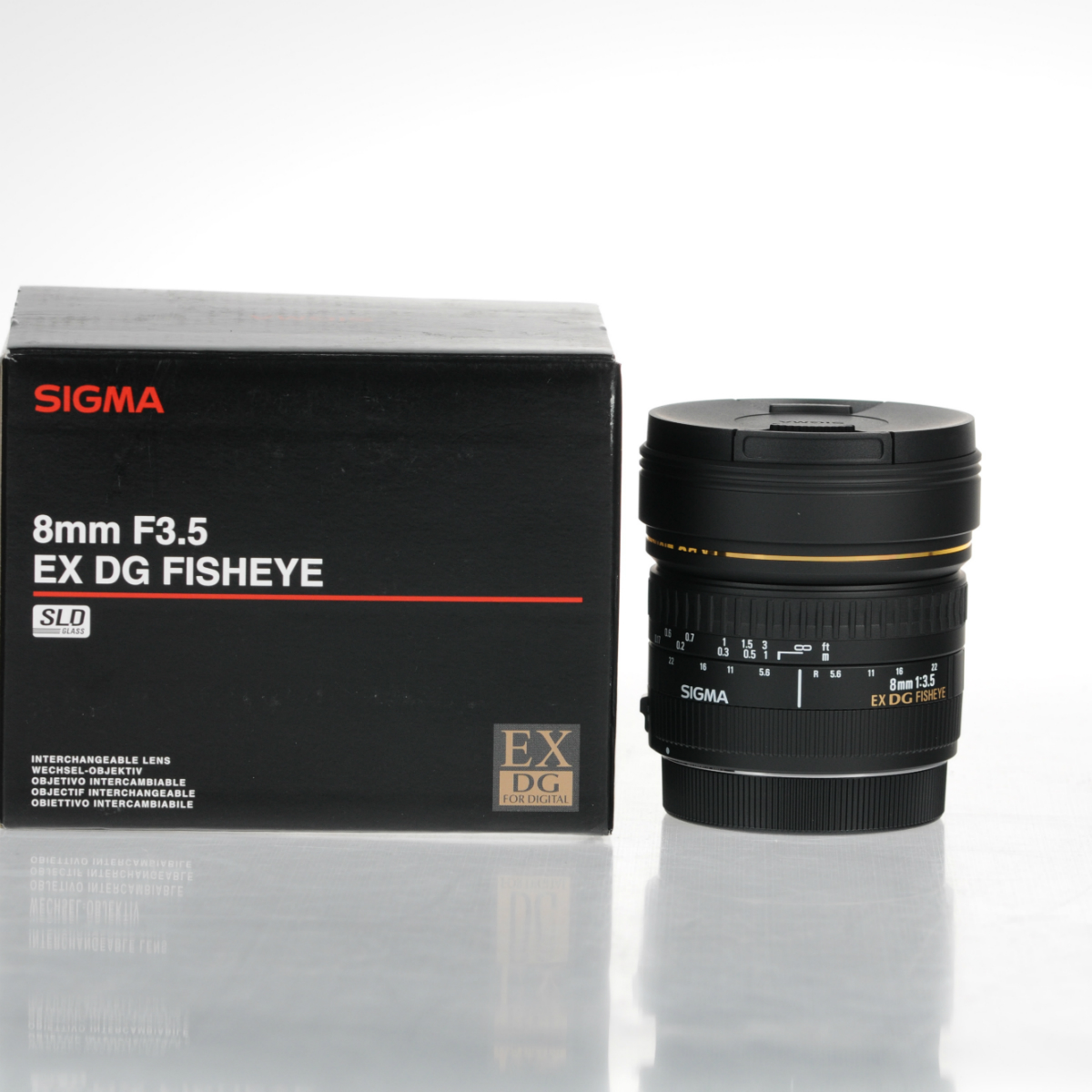 Image of Sigma 8mm f/3.5 EX DG Circular Fisheye Lens For Canon Mount